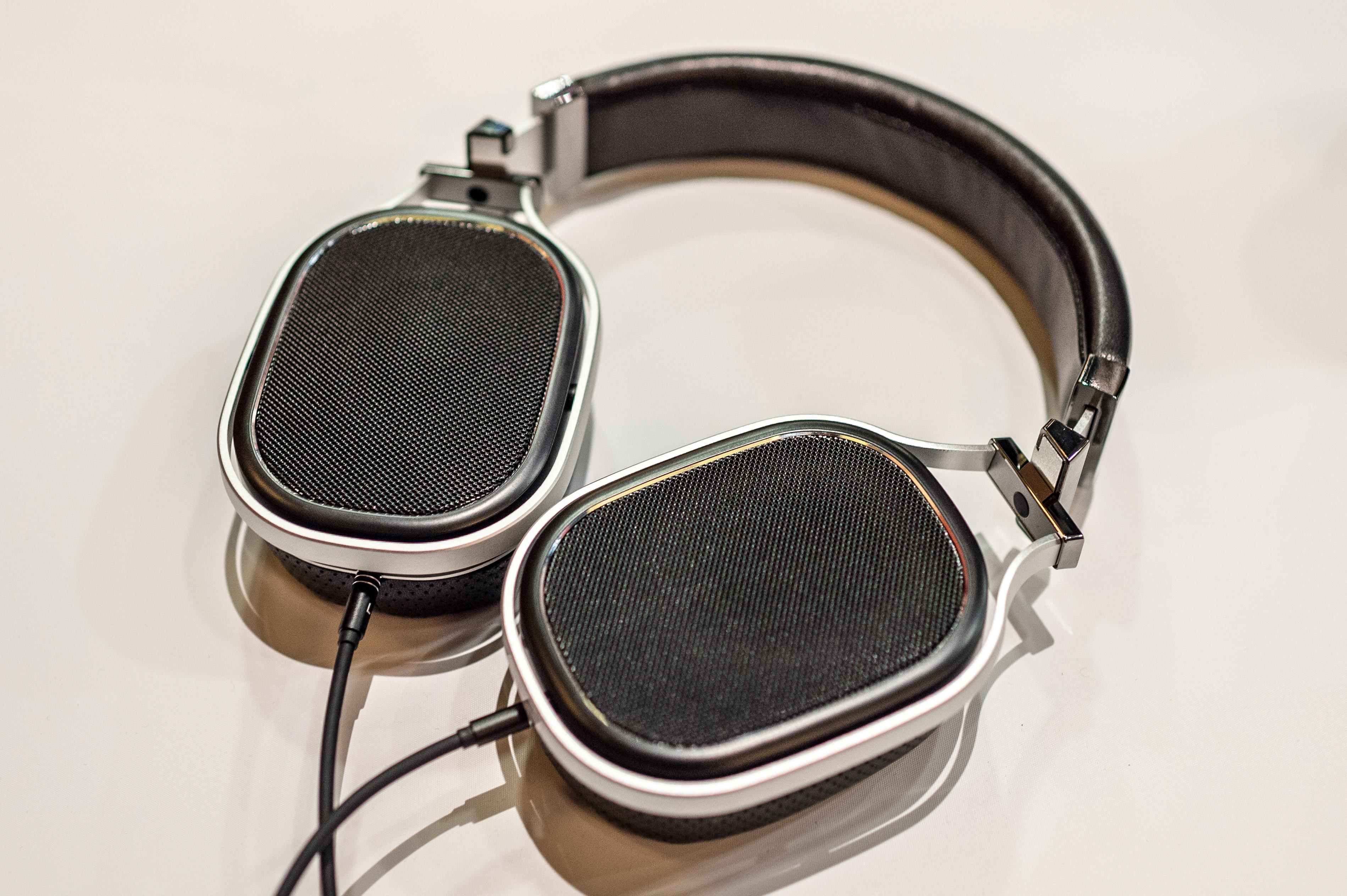 Oppo headphone prototype